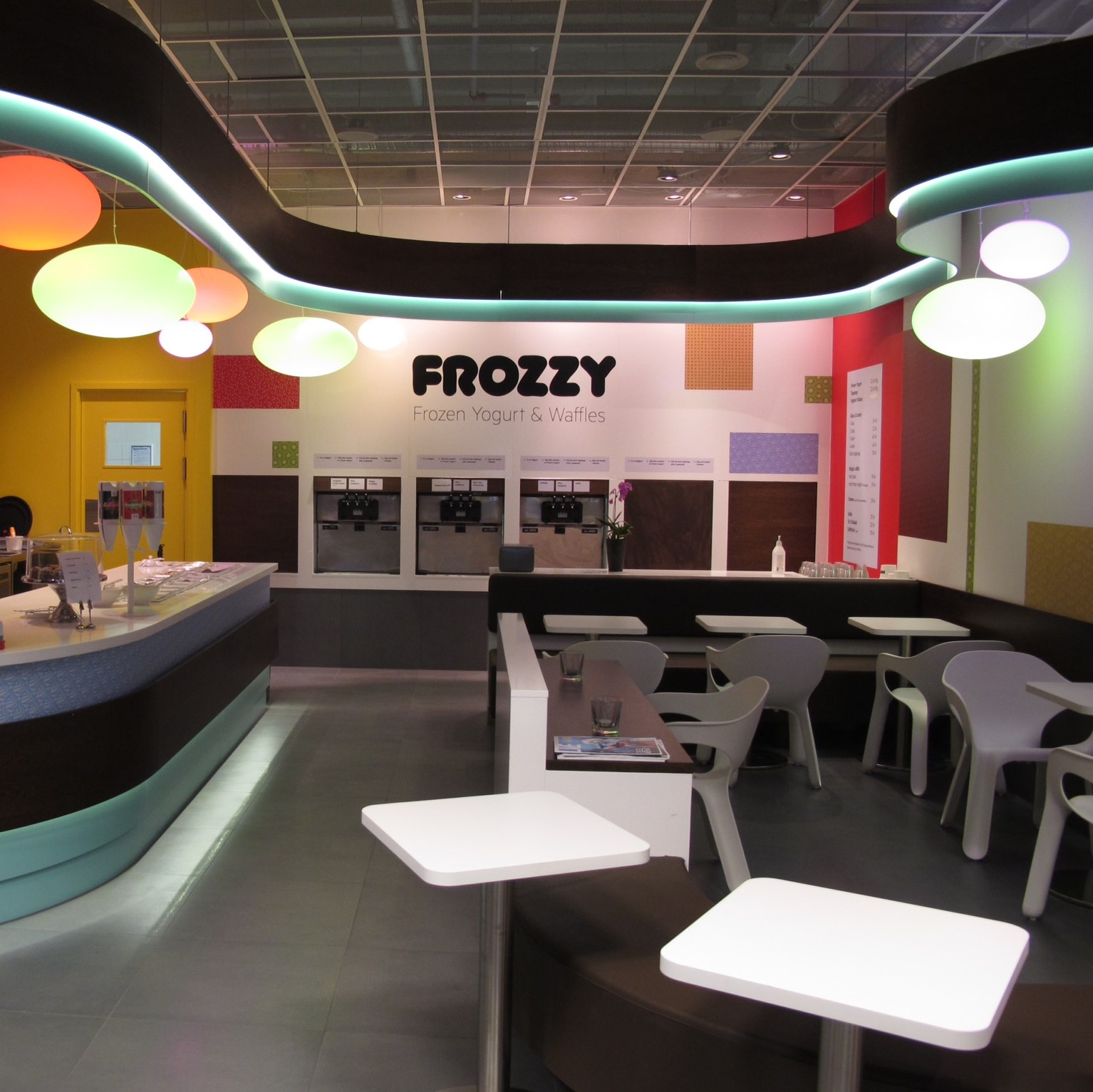 Frozzy Yogurt, Stockholm