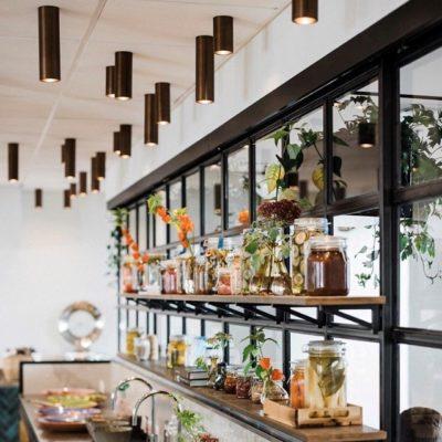 Hotel Kong Arthur Breakfastrestaurant with CPH Tubelight spots from Cph Lighting